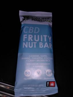 CBD Fruity Nut Bar